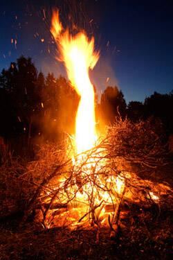 samhuin fire festival