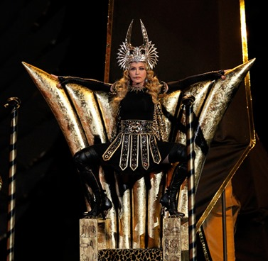 Super-Bowl-Throne-Goddess