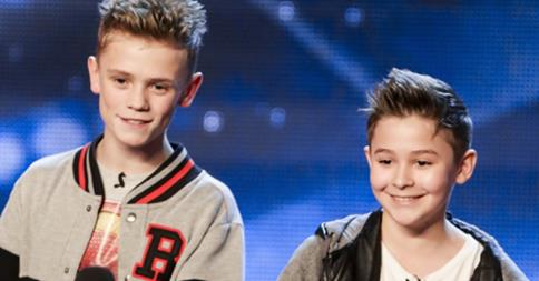 Bars & Melody musical duo charlie and leondre